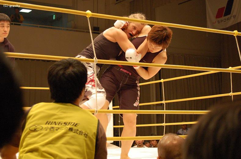 赤野仁美vsエマ・ブッシュ