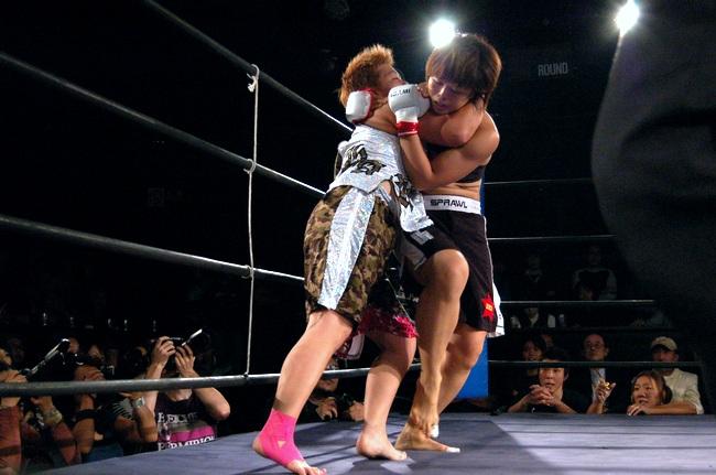 赤野仁美vs.HARI