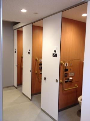 横須賀PAのトイレ