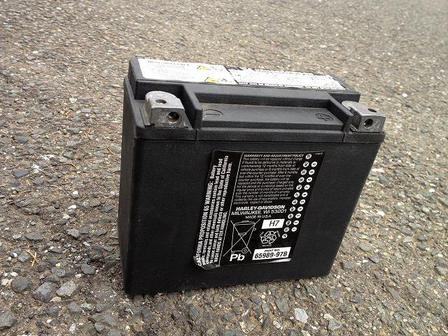 ローライダーのバッテリー