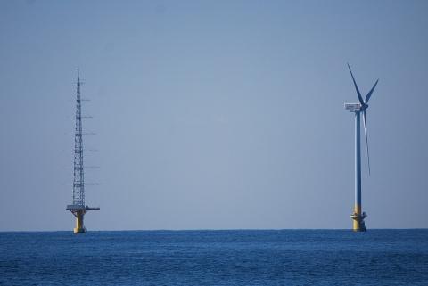 洋上風力発電施設
