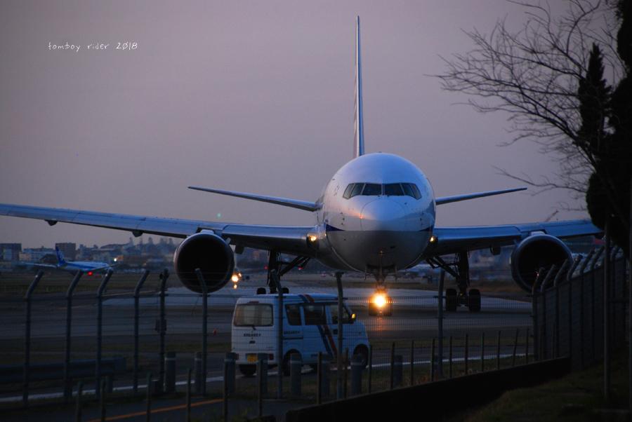 jet64.jpg
