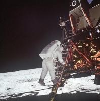 アポロ11号月面着陸人類最初の一歩1