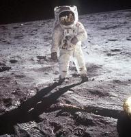アポロ11号月面着陸人類最初の一歩2