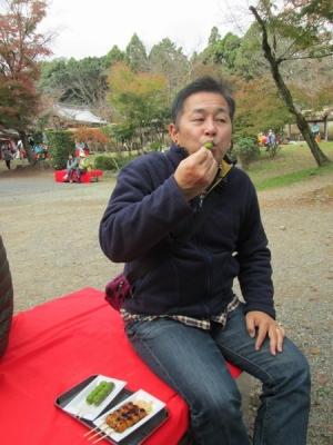 醍醐寺で団子