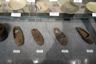 平安京跡から出土した木靴