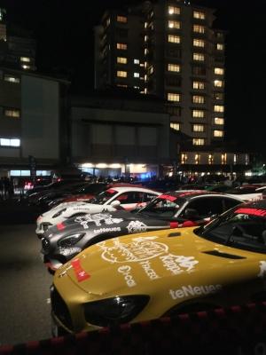 加賀屋の駐車場