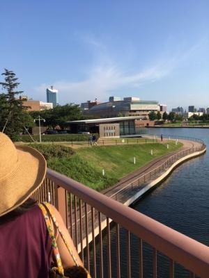 富山の環水公園