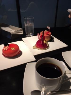 和倉の辻口ケーキ屋