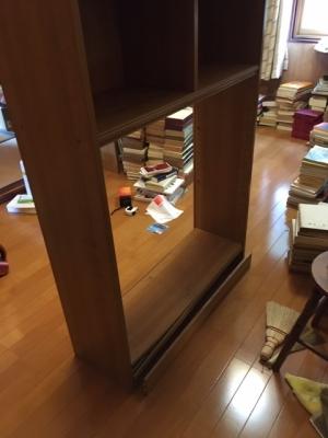 本棚の修理