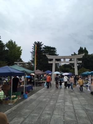 富山県護国神社のみの市