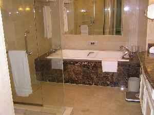 クアラルンプールリッツカールトン バスルーム