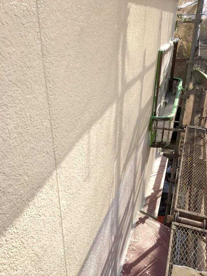吹田市出口町 T様邸 外壁中塗り 断熱セラミック ガイナ02