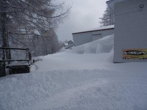 24日また雪に埋もれるりんごじゃむサーキット.jpg