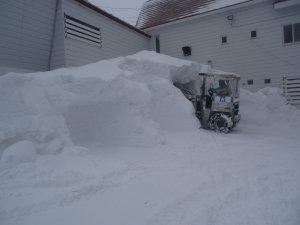 22日の夕方には雪の山を攻落.jpg