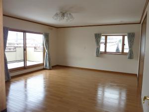 駒ヶ根市中古2階寝室