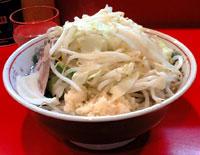 ラーメン二郎の麺少なめラーメン