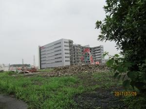青梅市東芝建屋解体の様子