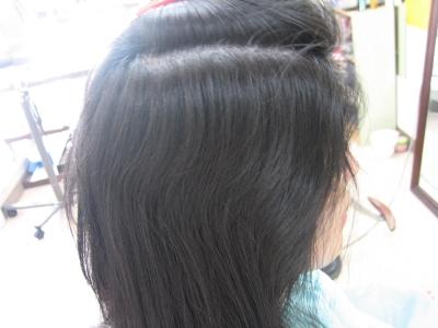 縮毛矯正前の横顔