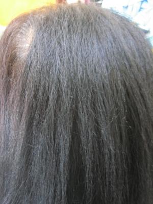 大和高田市のお客様の縮毛矯正の修正前