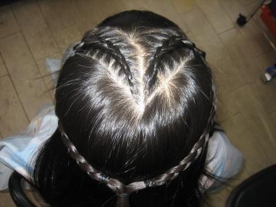 ハートの編み込みヘア