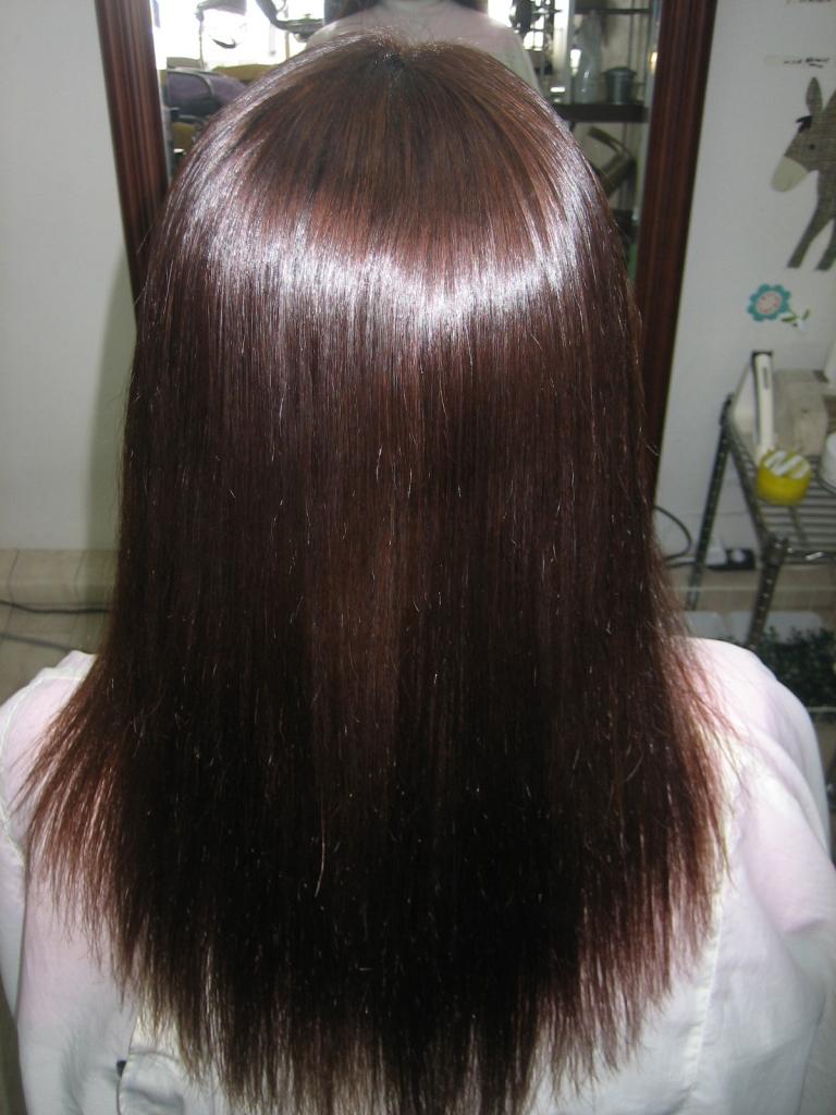 奈良市美容院 縮毛矯正学園前 髪のダメージ 痛みにくいストレートパーマ 縮毛矯正 西大寺 究極縮毛矯正 高の原