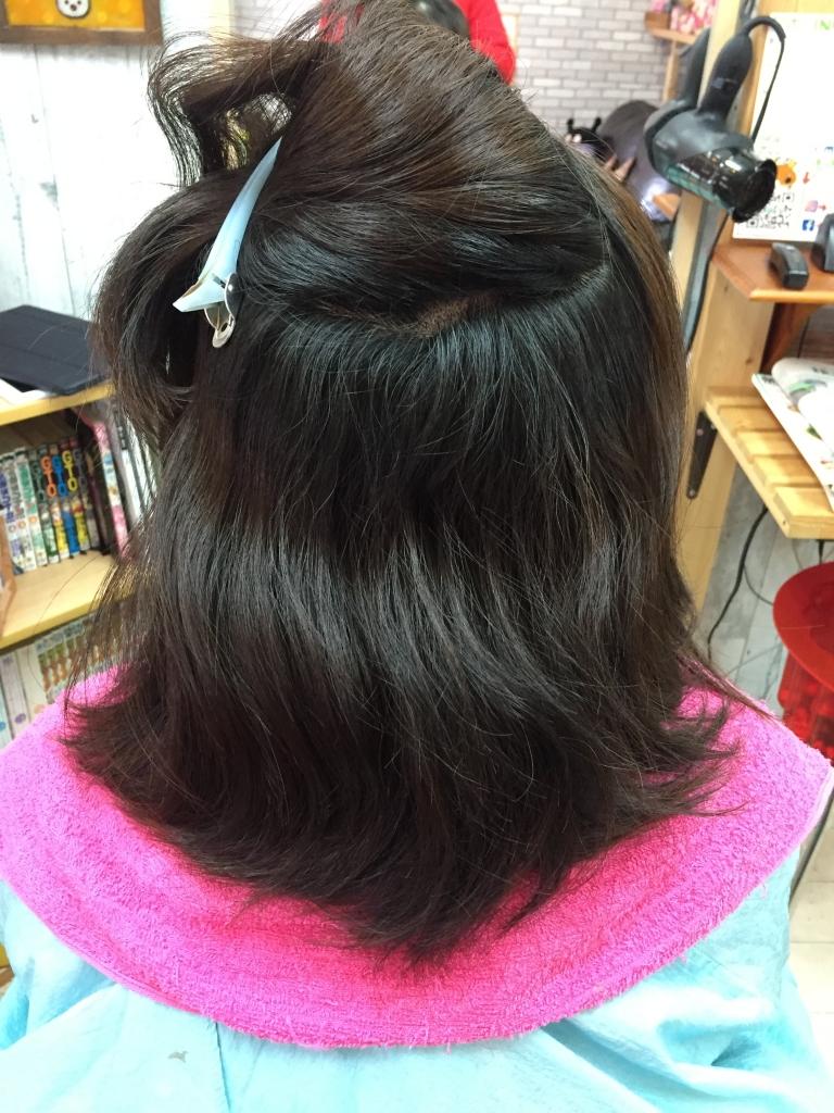 髪の量はどこまで減らせるのか カット ストレート 髪質改善 奈良市 学園前