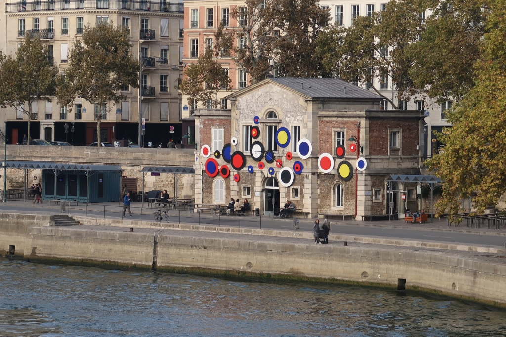 冬の朱点 Paris