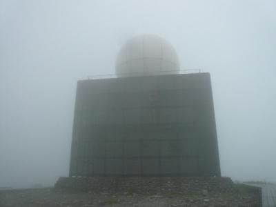 霧の中のドーム
