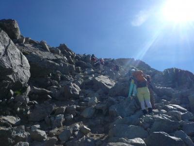 一の越〜雄山の岩場