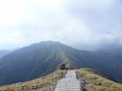 剣山山頂から次郎笈