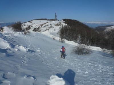 王ヶ鼻へ向かう雪道