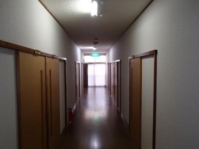 瑞垣山荘2F廊下