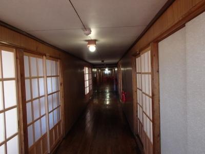 白馬山荘2階廊下