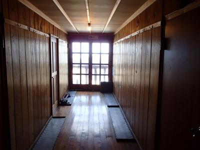 燕山荘内 2F廊下