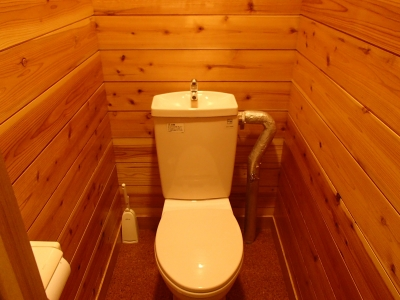 白根御池小屋 トイレ