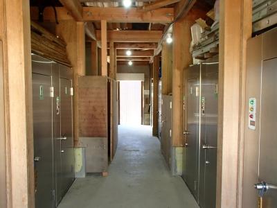 北岳山荘 バイトトイレ