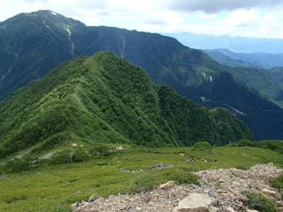 双児山へ続く稜線