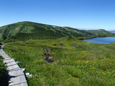 姫池から平ヶ岳へ