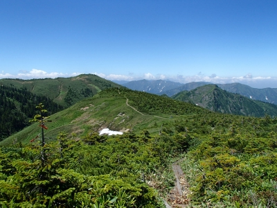 たまご岩までの登山道