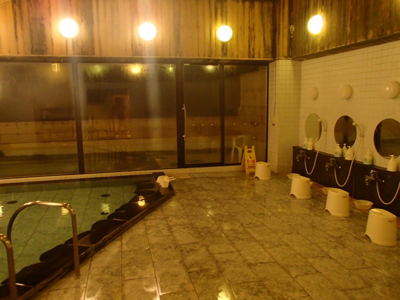 白樺荘浴室.JPG