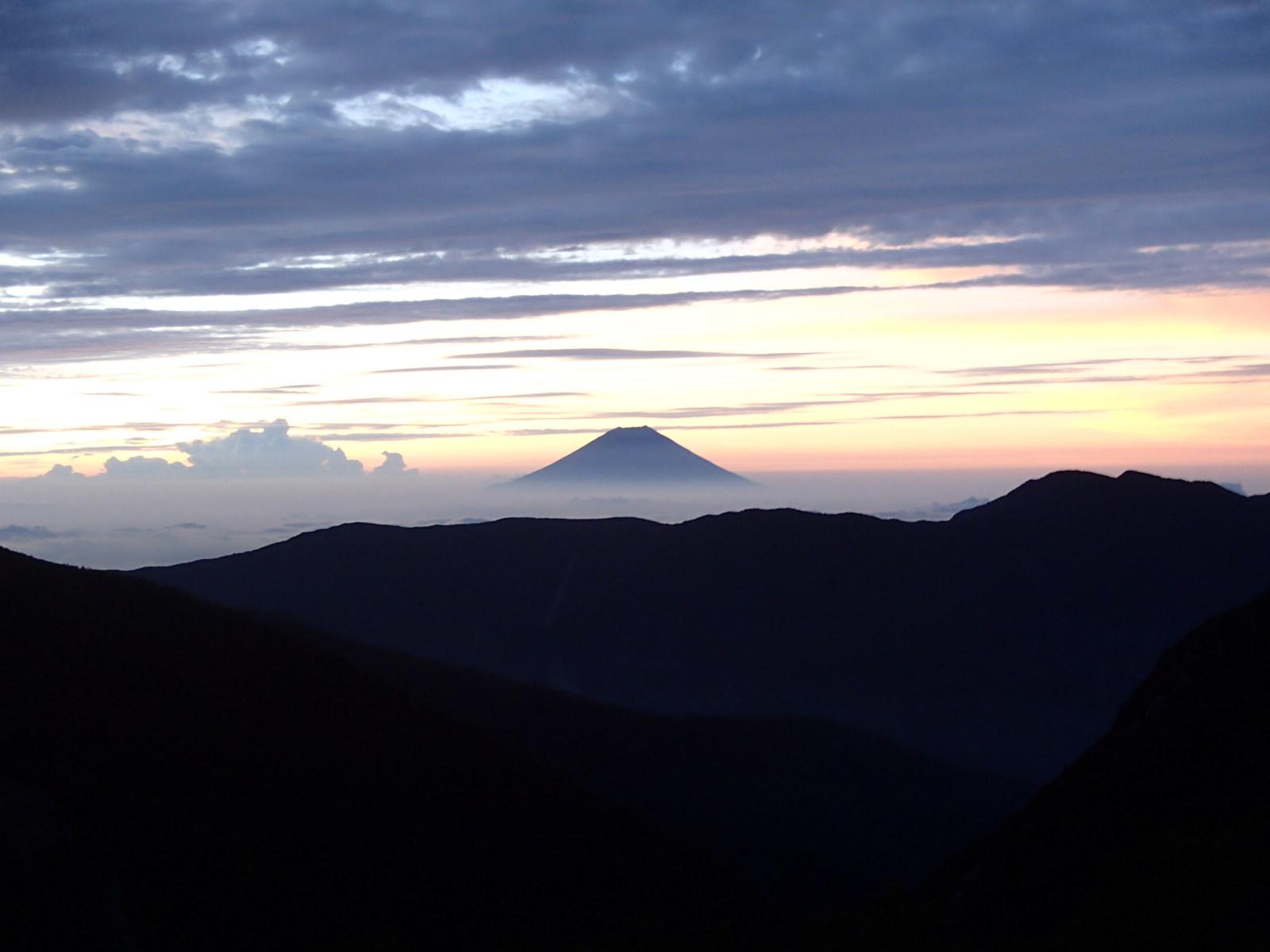 荒川小屋 富士山.JPG