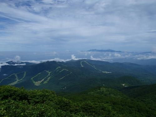 山頂から_飯豊山.JPG