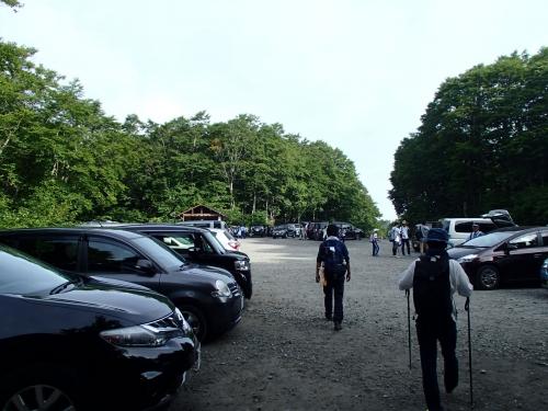 八方台登山口駐車場.JPG