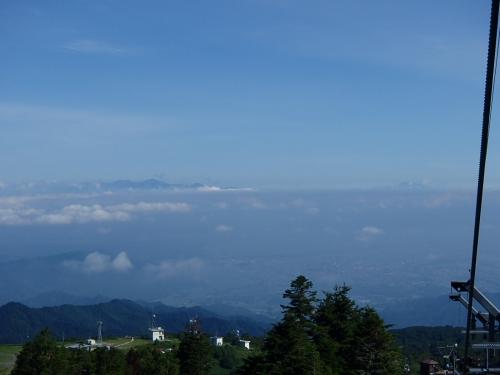 月山と鳥海山?.JPG