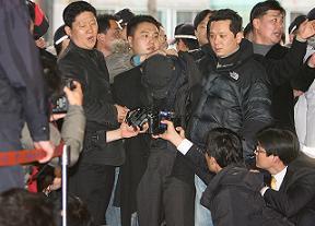 江華島銃器強奪犯