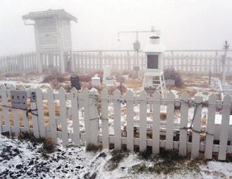 台湾 玉山 初雪