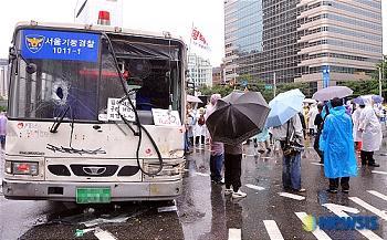 韓国 ろうそくデモ