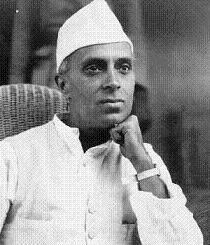 インド初代首相 ネルー