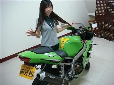 台湾 小姐 KAWASAKI ZX-12R NINJA